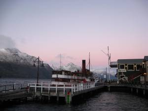 Queenstown : Early winter dawn